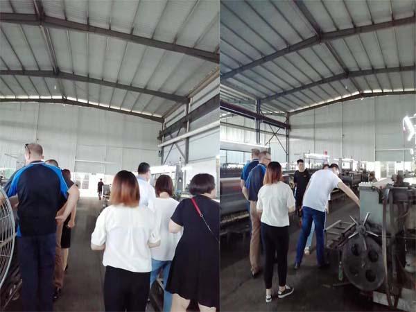 Korean and Australian customers visiting 2.jpg