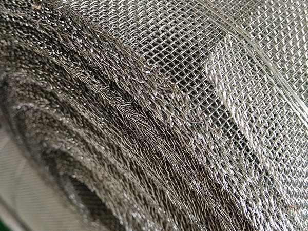 Galvanized Wire Mesh for Fencing.jpg